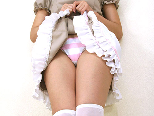 3次元 スカートたくし上げで下着見せてくれる娘カモーン 48枚
