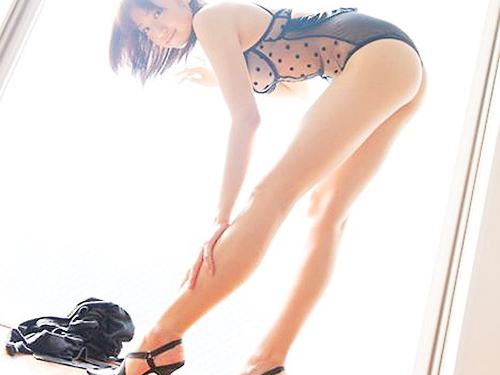 3次元 足首・ふくらはぎ・太もも・お尻にかけてのラインが美しい美脚エロ画像まとめ 35枚