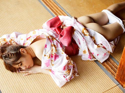 3次元 和服の女の子のエッチな姿を見て日本を愛する心を再認識するエロ画像まとめ 65枚
