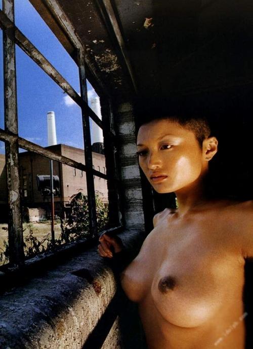 井上晴美のエロ画像017
