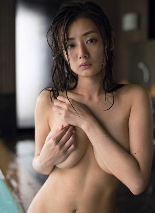 片山萌美エロ画像013