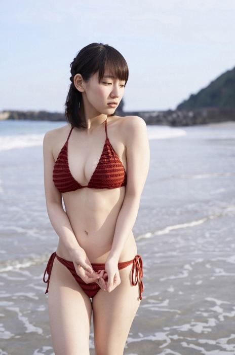 吉岡里帆エロ画像032