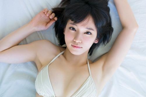 吉岡里帆エロ画像038