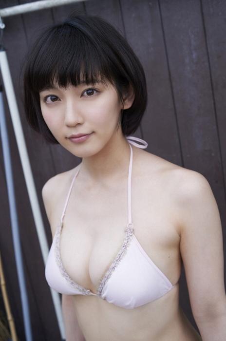 吉岡里帆エロ画像059