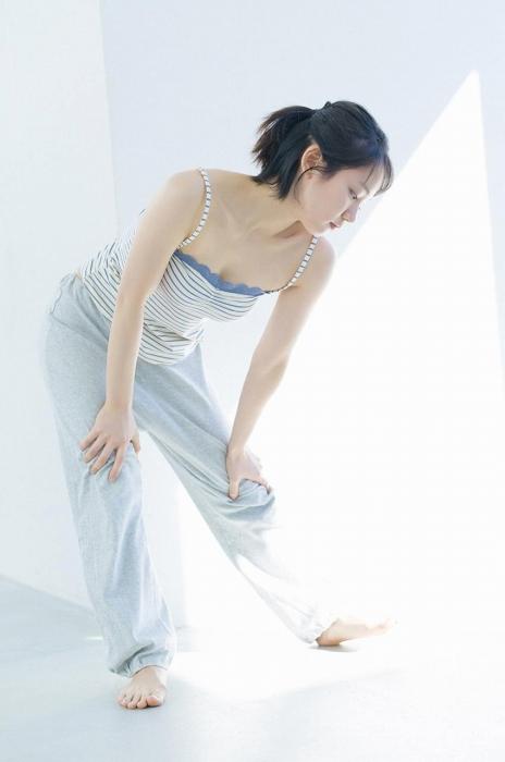 吉岡里帆エロ画像062