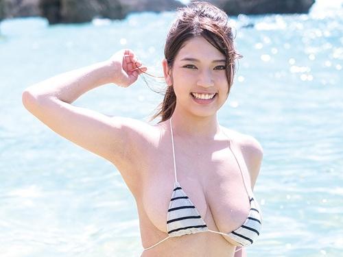 芸能人 藤乃あおいのIカップの爆乳グラビアが卑猥!エロ画像まとめ30枚