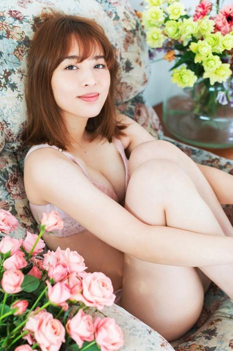 神部美咲エロ画像011