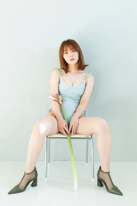 神部美咲エロ画像032