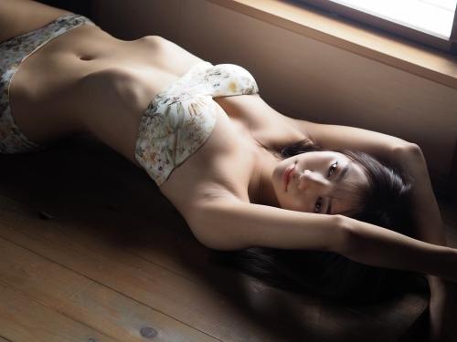 川津明日香エロ画像052