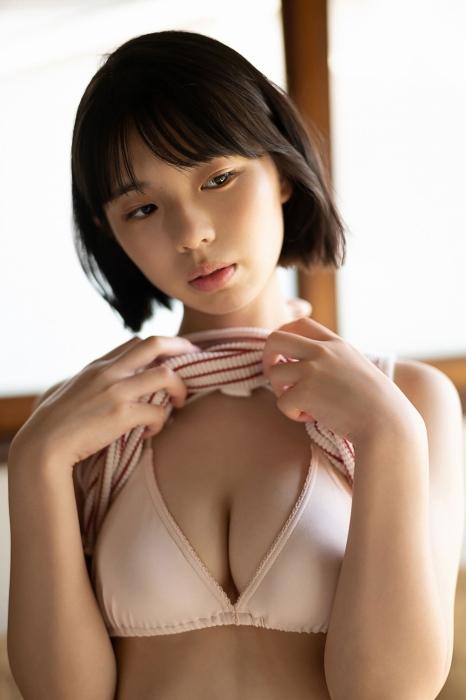 菊地姫奈エロ画像054