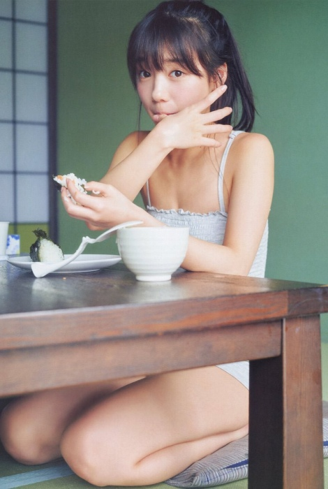 齊藤京子エロ画像026