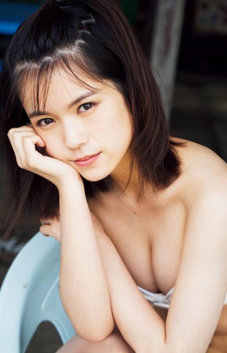 村山優香のエロ画像009