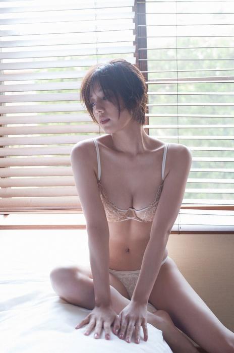 佐藤美希のエロ画像008