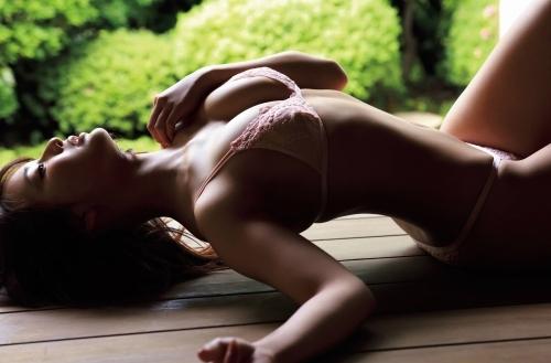 平嶋夏海のエロ画像007