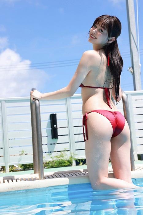 吉澤遥奈のエロ画像026