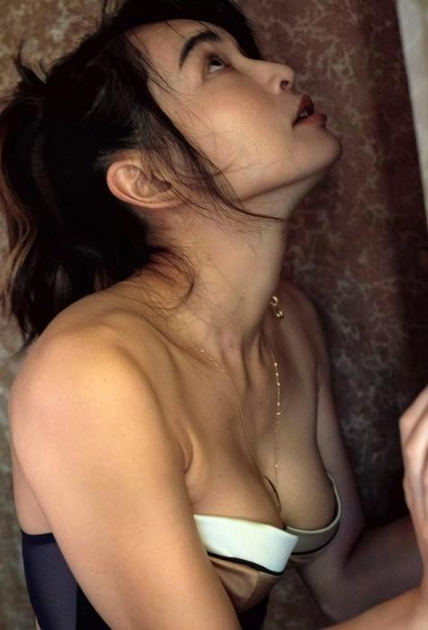 長谷川京子のエロ画像022