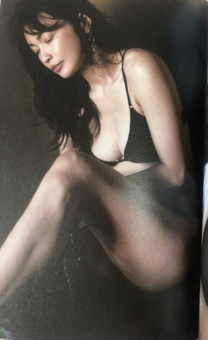 長谷川京子のエロ画像028