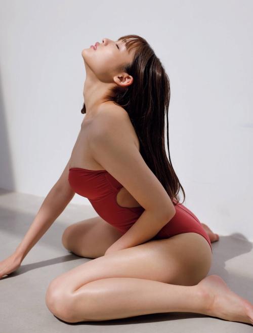 石田桃香のエロ画像017
