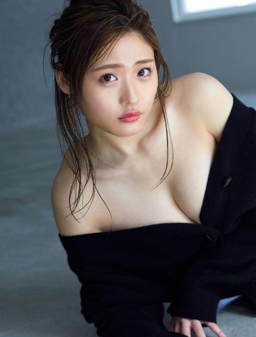 石田桃香のエロ画像039