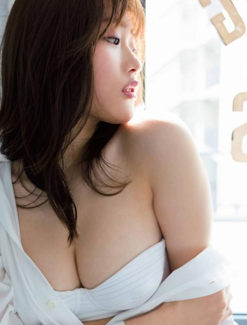 石田桃香のエロ画像041