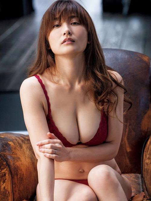 熊田曜子エロ画像053