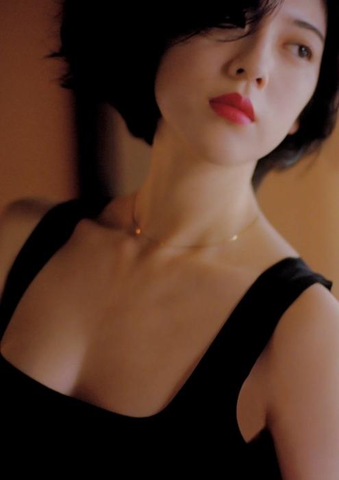 三吉彩花のエロ画像006
